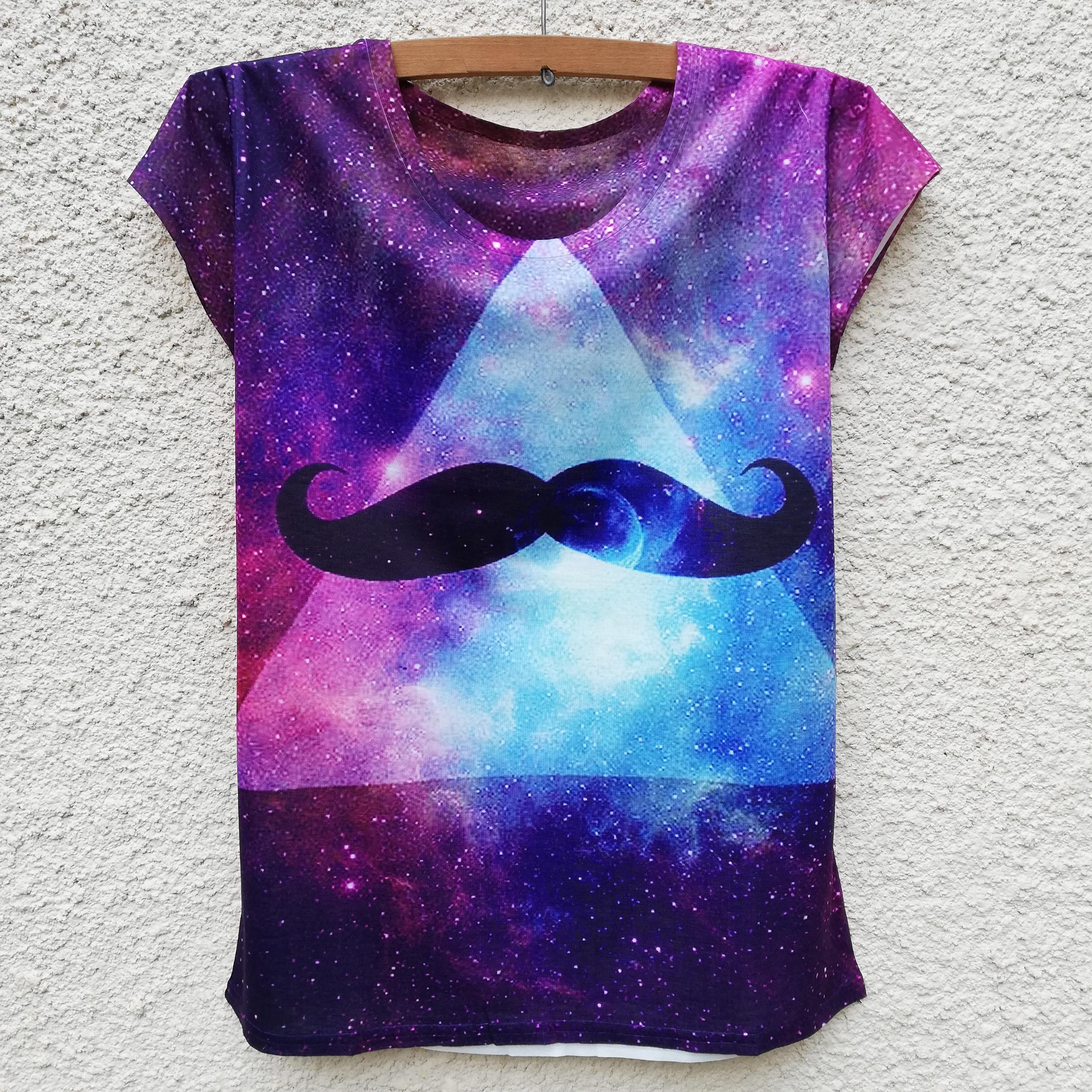 Tricou Moustache Illuminati 0