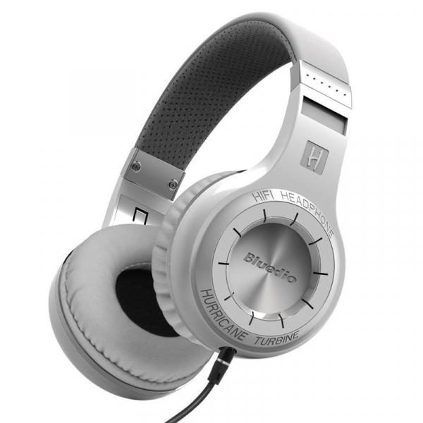 Casti Wireless Bluedio HT, Bluetooth, Stereo, Microfon, Raspuns apeluri, Pliabile, Aux 7