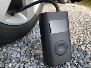 Pompa de aer electrica Xiaomi Mi Portable Air Pump, 2000 mAh, Monitorizare digitala a presiunii, Auto-oprire, 150psi, Micro-USB5