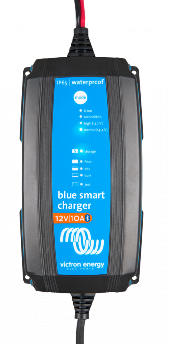 Blue Smart IP65 Charger 12/10(1) 230V CEE 7/16 Retail-big