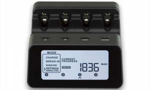 Incarcator inteligent R6 R3 Maha Powerex C9000Pro0
