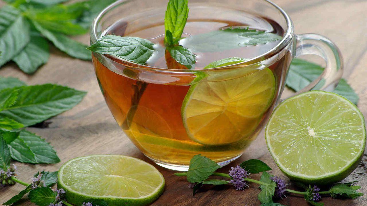 Ceaiul de menta indicat in tratarea halitozei