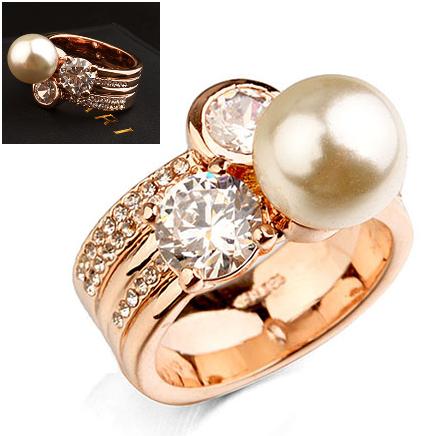 Inel cu cristale IMPULSE Pearl gold placat cu aur 18k - diametru 17cm 0