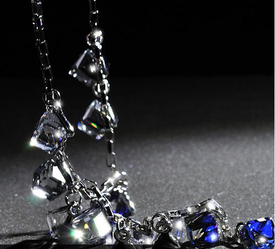 Colier cu cristale 3D Square blue placat cu aur 18k si garantie 6 luni 0