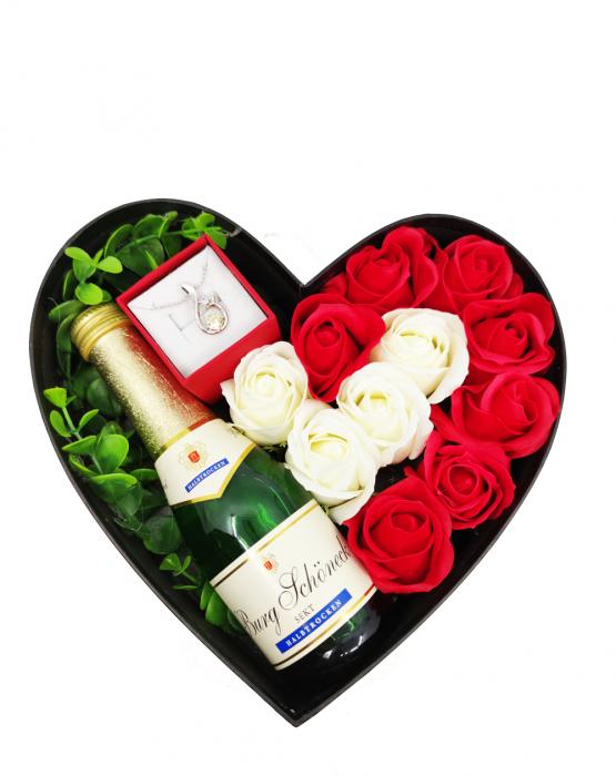 Aranjament floral cu 11 trandafiri din sapun si colier cu Cristale AC-R113-GLAMOUR G [0]