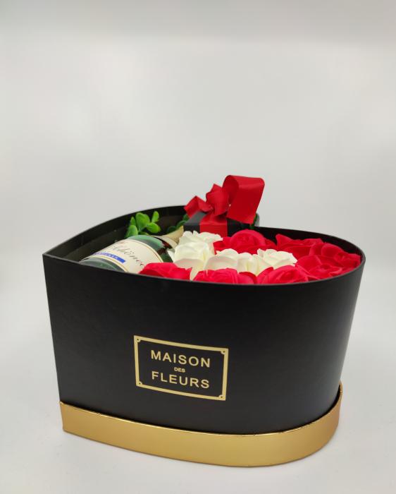 Aranjament floral cu 11 trandafiri din sapun si colier cu Cristale AC-R113-GLAMOUR G [2]