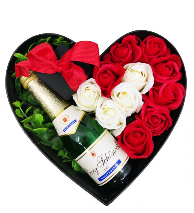 Aranjament floral cu 11 trandafiri din sapun si colier cu Cristale AC-R113-GLAMOUR G [1]
