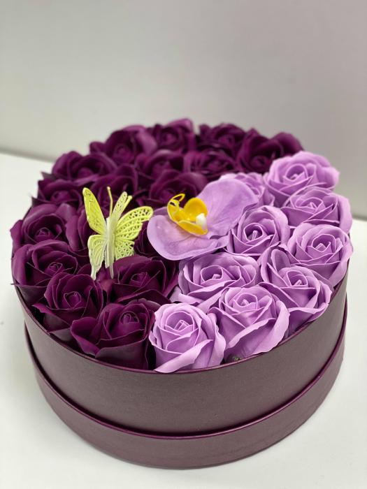 Aranjament floral cu 27 flori trandafiri si orhidee din sapun, SC-R139_M1 [3]