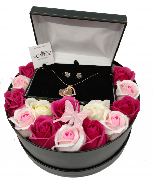 Pachet cadou cu 15 trandafiri din sapun AC-R153-M2 Luxury Love [1]