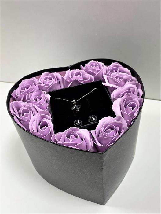 Aranjament floral cu 13 flori trandafiri din sapun SC-R140-M2  si Set  Sweet Butterfly Black [0]