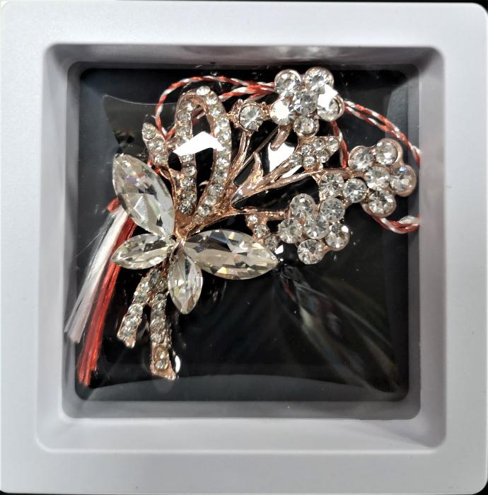 Broșă cu model Fluture si floricele cu pietre  albe 0