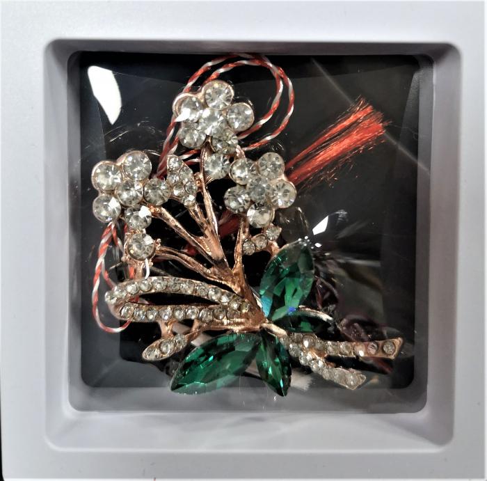 Broșă cu model Fluture si floricele cu pietre  verzi 0