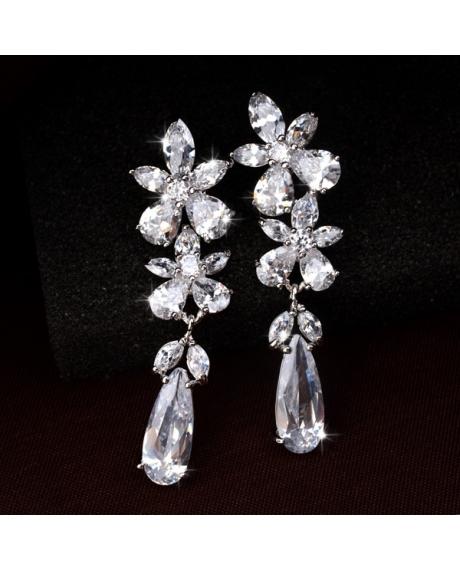 Cercei Angelina cu cristale albe, placat cu aur alb si garantie 6 luni de zile 0