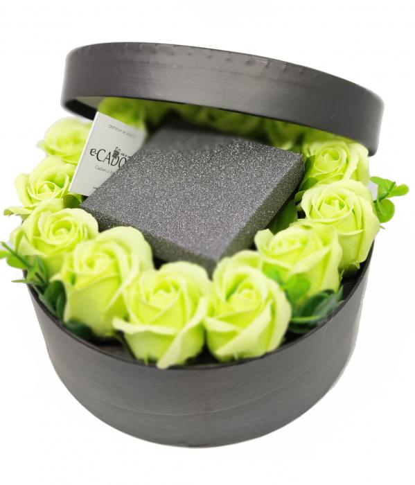 Pachet cadou cu 17 mix flori din sapun AC-R168-M3 Fantastic Heart verde [1]
