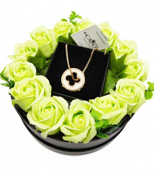Pachet cadou cu 17 mix flori din sapun AC-R172-M3 Smart [1]