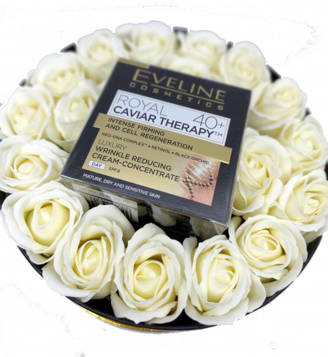 Pachet de LUX,  Crema concentrata anti-rid Royal Caviar 40+, Eveline Cosmetics,Edition De Luxe [1]