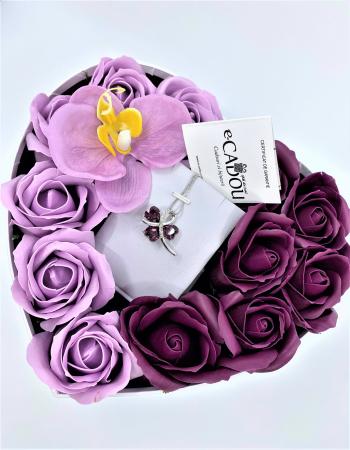 Aranjament floral cu 13 trandafiri si orhidee din sapun R13MP-M3  SWEET LEAF purple
