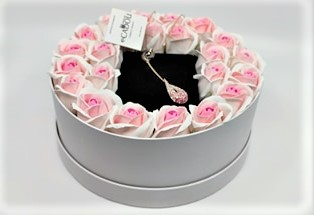 Aranjament floral cu 23 trandafiri din sapun AC-R152-M1 Luxury Love [3]