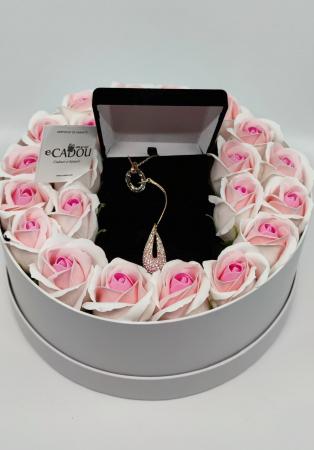 Aranjament floral cu 23 trandafiri din sapun AC-R152-M1 Luxury Love [2]