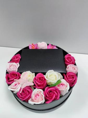 Pachet cadou cu 15 trandafiri din sapun AC-R153-M2 Luxury Love [2]