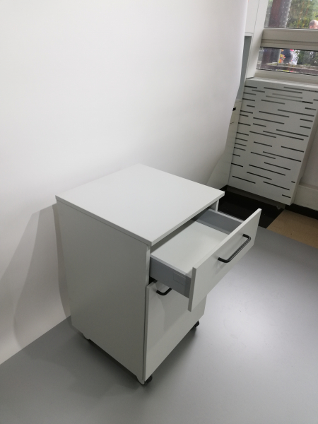Corp mobil under-bench de depozitare, cu un sertar si o usa - 500 mm 3
