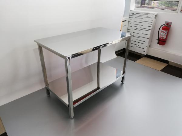 masa inox pentru laborator 1