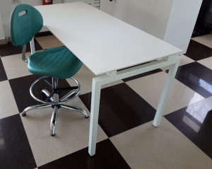 Scaun ergonomic supra-inaltat de Lab - fix_PL4