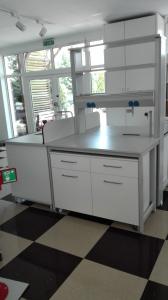Masa centrala de laborator1