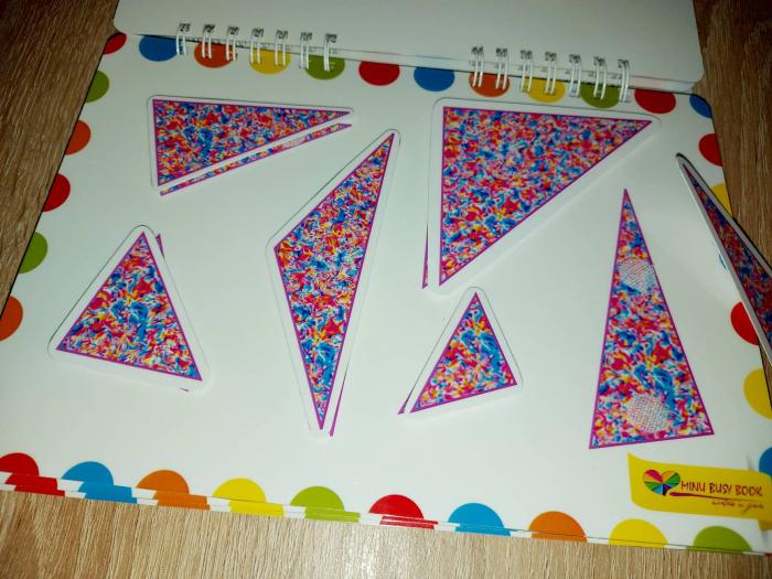 Recunosc triunghiuri diferite 0