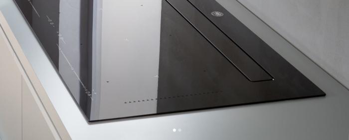 Bertazzoni Plita inductie 90 cm din Sticla neagra cu hota integrata design Neutral [3]