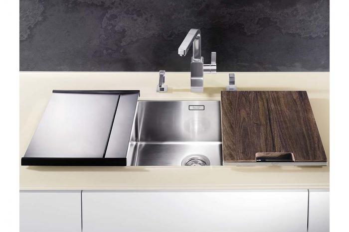 Blanco tocator din lemn masiv de nuc cu mâner din oțel inoxidabil 420 x 362 mm [5]