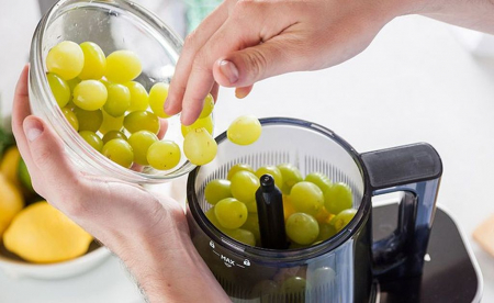 Storcător fructe si legume cu presare la rece cu ax melcat Hurom H-AI UBE20 [7]