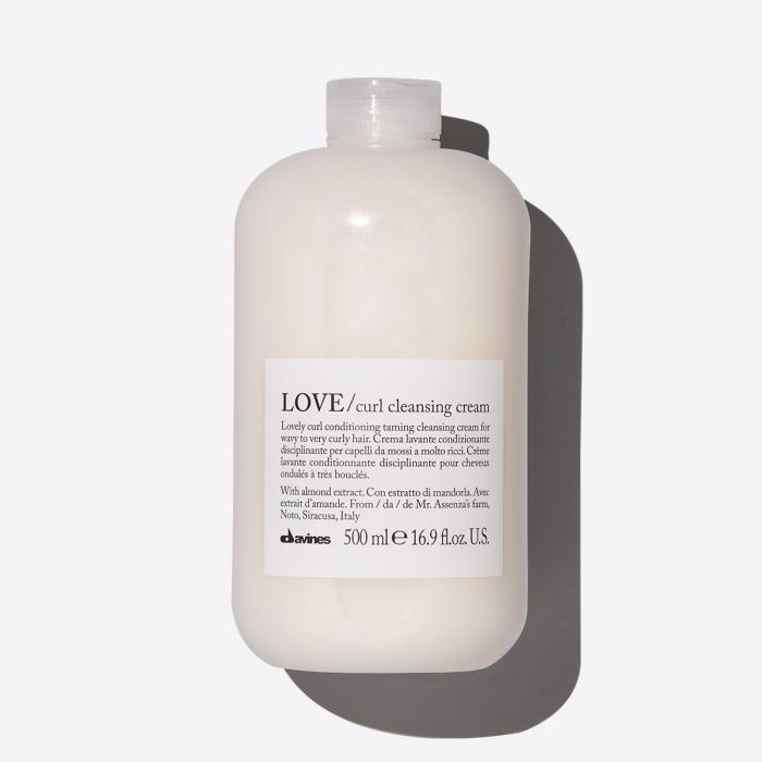 Cremă curățare cu ulei de fistic pentru păr ondulat sau creț Love Cleansing 500ml [0]