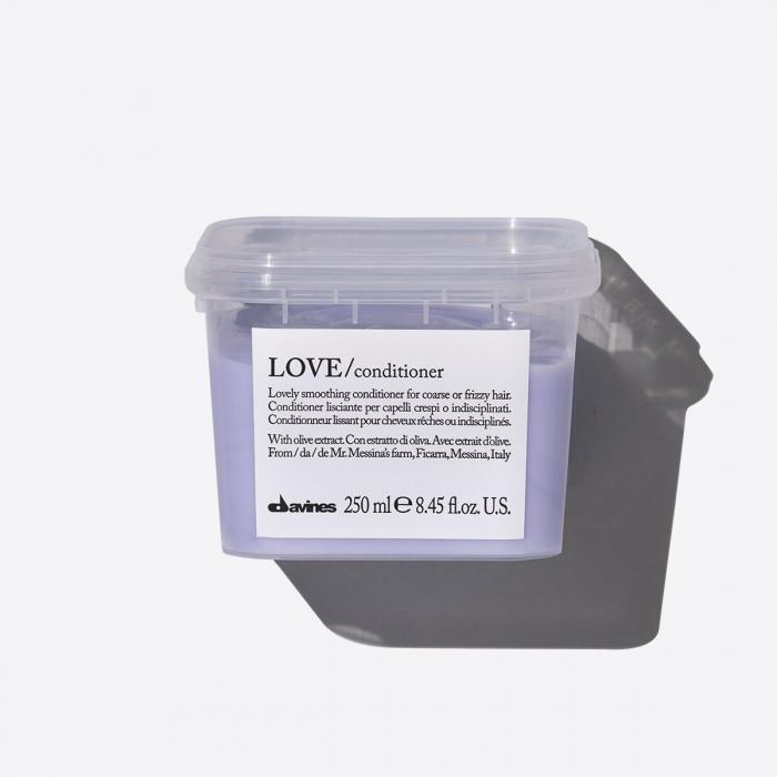 Balsam hidratant pentru păr aspru sau electrizat Love 250ml [0]