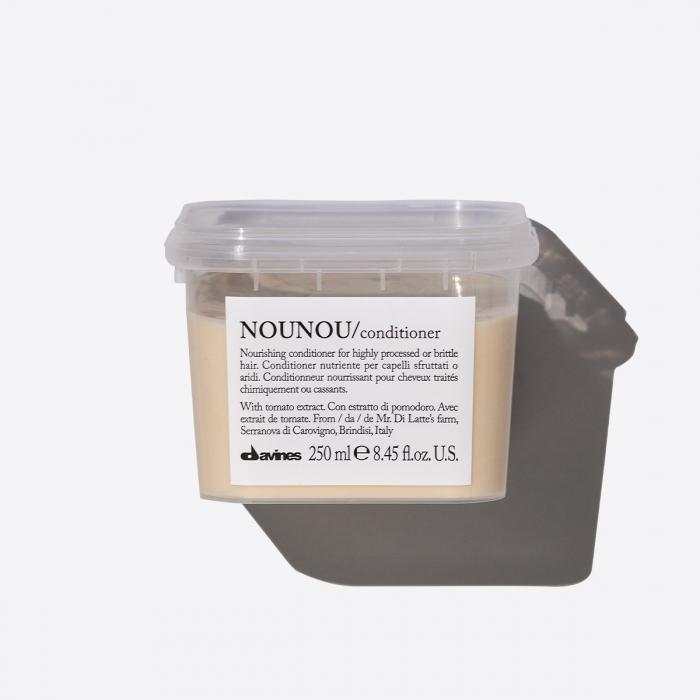 Balsam nutritiv pentru păr uscat și deteriorat NouNou 250ml [0]
