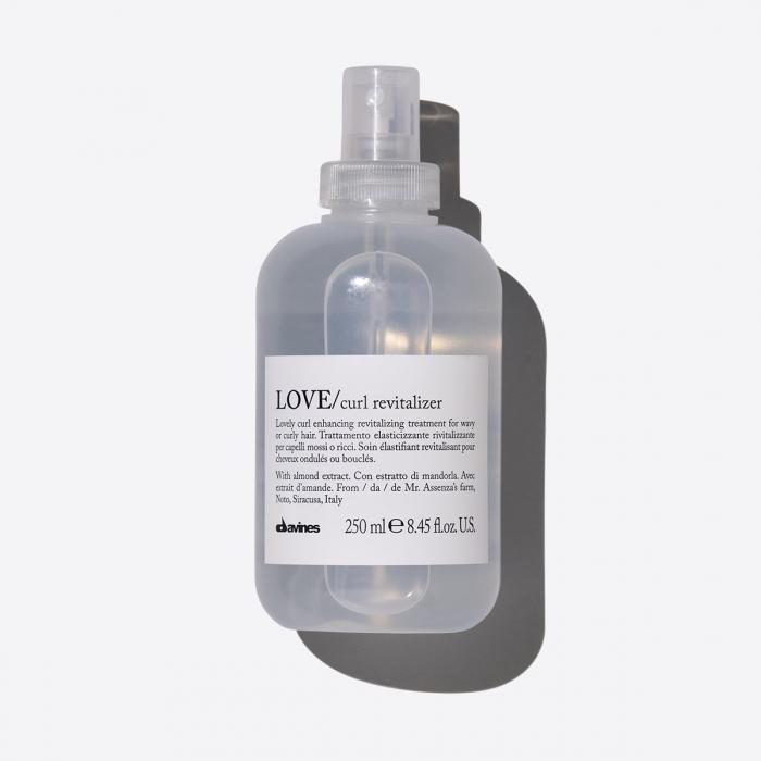 Tratament de revitalizare fără clatire pentru păr ondulat Love Revitalizer 250ml 0