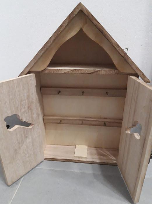 Cutie lemn pentru chei - casuta 1