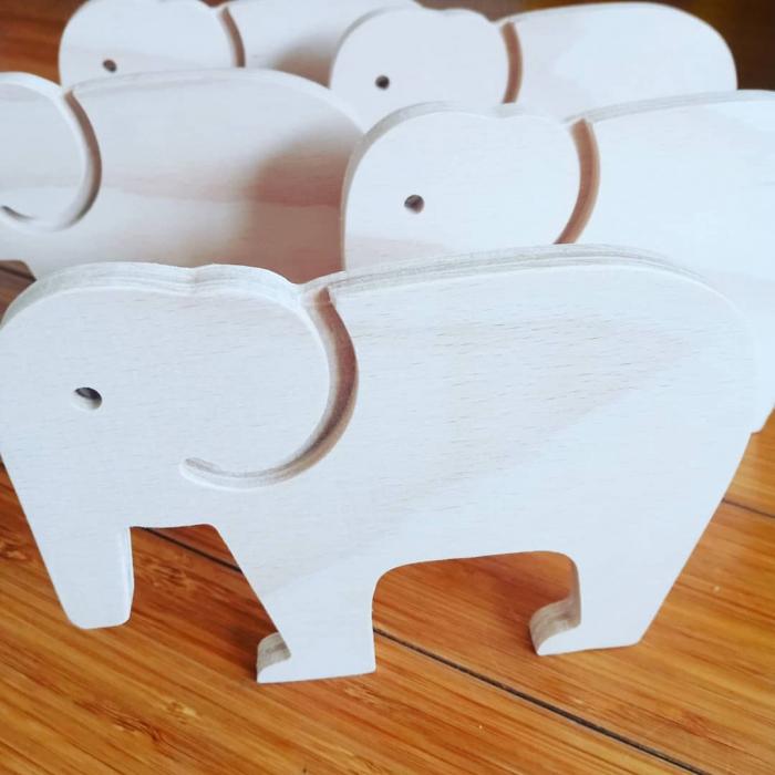 Elefant din lemn 1