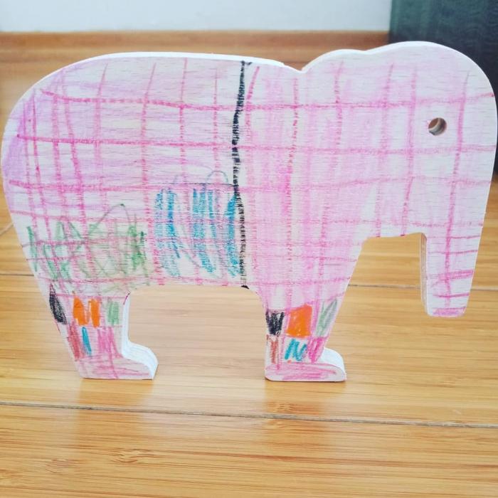 Elefant din lemn 2