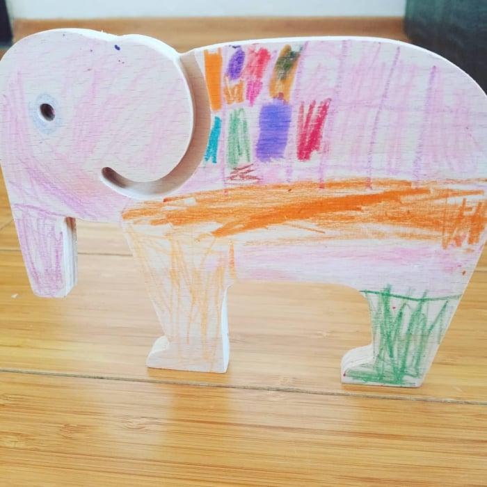 Elefant din lemn [3]