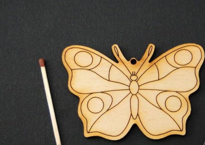 Figurina fluture - fluturas cu buline [0]
