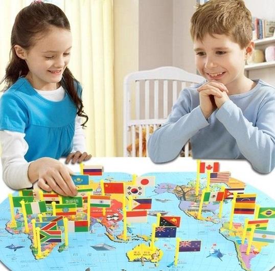 Joc harta lumii cu stegulete 1