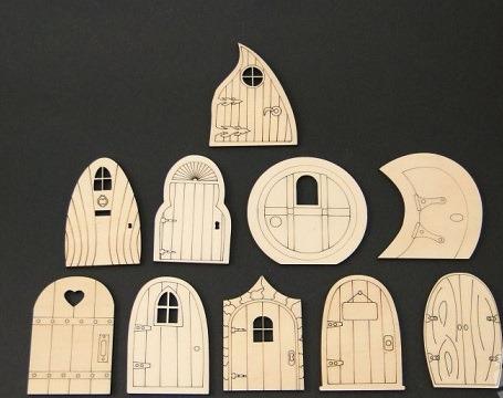 Set figurine lemn porti - usi 0