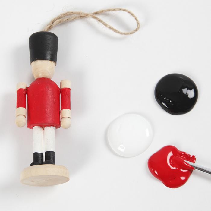 Figurina lemn - spargator de nuci 1