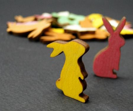 Figurine mini din lemn - iepurasi1