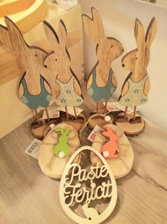 Iepuras decorativ din lemn1