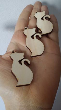 Martisor - figurina lemn pisica1