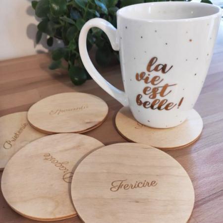 """Set suport pahare cu mesaje """"Prietenie, fericire, dragoste, bunatate, speranta, intelepciune"""" - coastere1"""