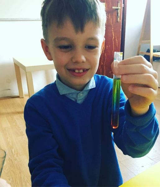 Atelierul de Slime pentru copii (5-12 ani)