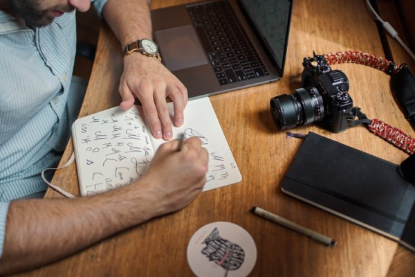 How to create a Logo for a brand